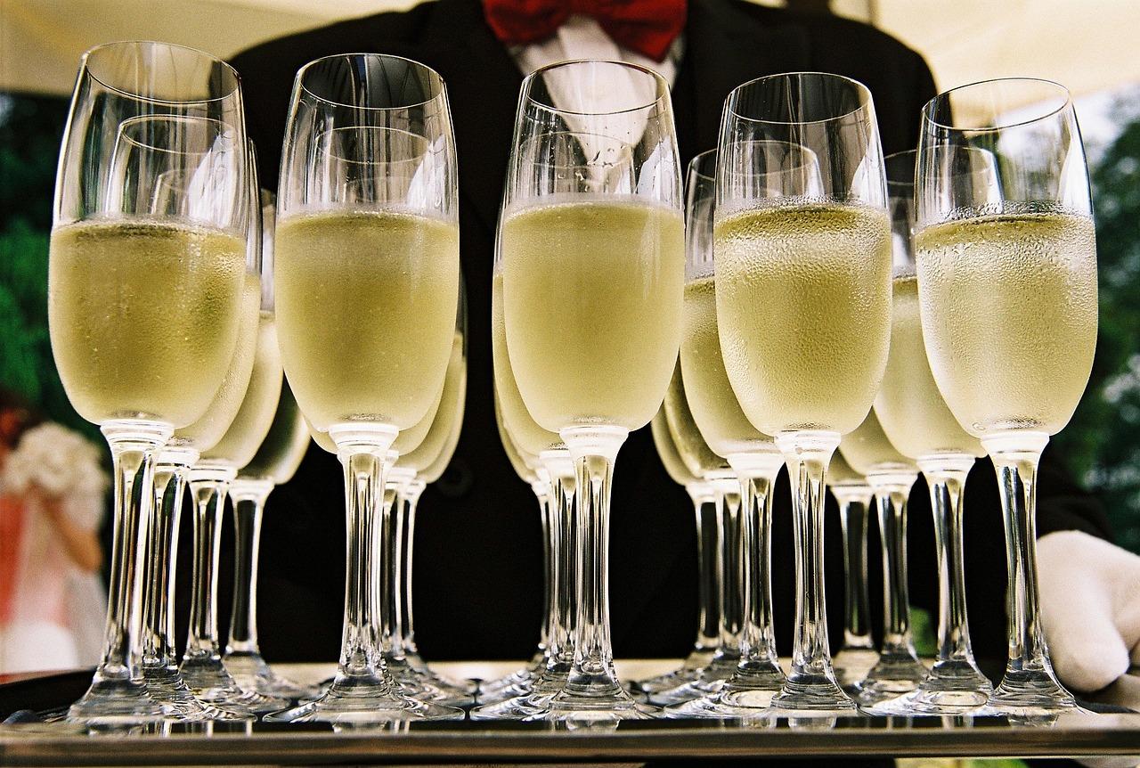 Image d'apéritifs - Flûtes de champagne