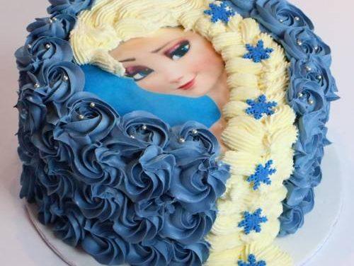 ★ DIY : Réaliser un Gâteau Elsa la Reine des Neiges et sa jolie tresse – Décoration à la poche à douille ★