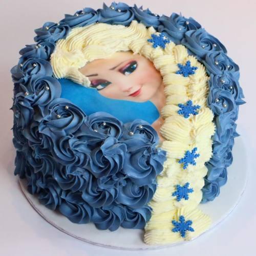 Gâteau Elsa la Reine des Neiges - Décoration à la poche à douille | Ma Folie Des Fêtes