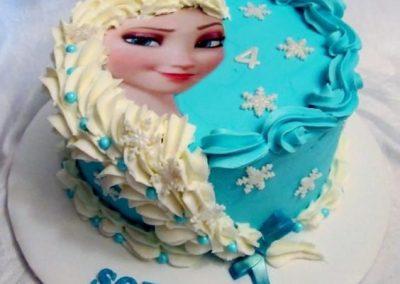 Photo 4 Gâteau Elsa la Reine des Neiges et sa jolie tresse - Décoration à la poche à douille - Ma Folie Des Fêtes (2)