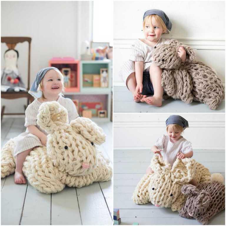 DIY - Tricoter avec les bras un lapin géant réconfortant (photo 1) - Ma Folie Des Fêtes