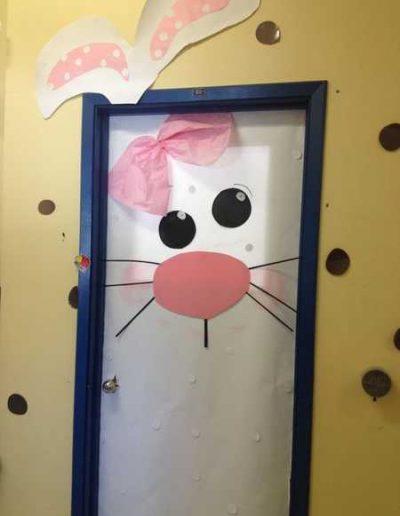 Photo 10 Pâques décoration de porte de classe lapin - Ma Folie Des Fêtes
