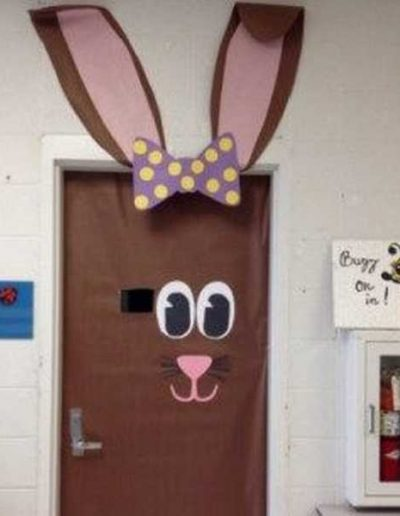 Photo 11 Pâques décoration de porte de classe lapin - Ma Folie Des Fêtes