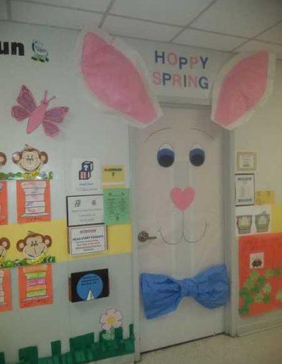 Photo 3 Pâques décoration de porte de classe lapin - Ma Folie Des Fêtes