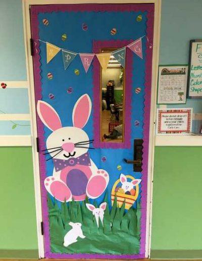 Photo 6 Pâques décoration de porte de classe lapin - Ma Folie Des Fêtes