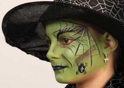 Idées et tutos DIY makeup - Le maquillage de la Méchante Sorcière de lOuest (3)