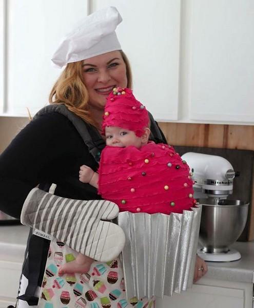 Porte-bébé gourmand Cupcake rose - Ma Folie Des Fêtes
