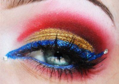 Idée maquillage Wonder Woman coloré - 6