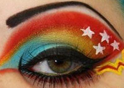 Idée maquillage Wonder Woman coloré - 8